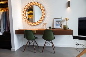 custom-wall-halo-mirror